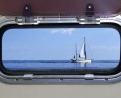 Lastre di policarbonato tagliate a laser su misura per barche